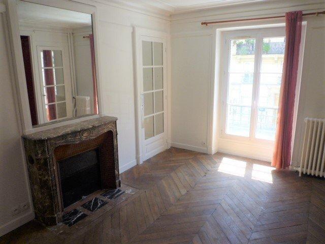 Location Appartement 2 pièces PARIS 05 75005