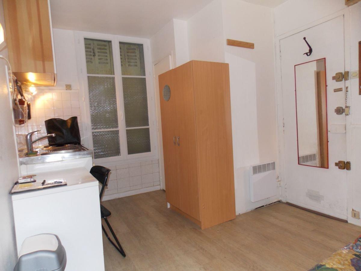 Location Appartement 1 pièces PARIS 75014